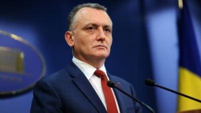 Sorin Cîmpeanu vrea eliminarea unei măsuri aberante: Masca să nu fie purtată la orele de sport