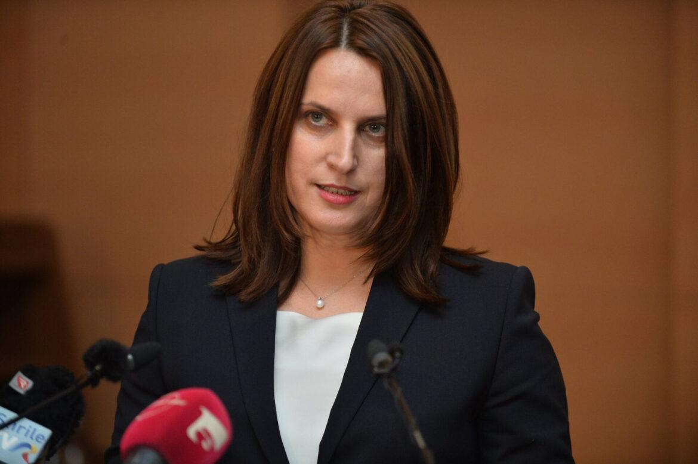 Beatrice Mahler, detalii ULUITOARE: pompierul angajat la 'Marius Nasta' stă în concedii de 6 luni