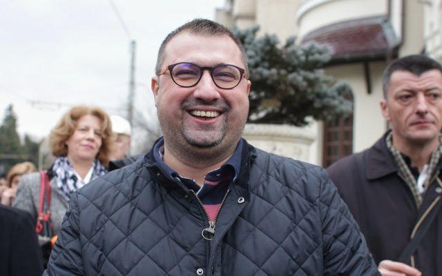 BREAKING OFICIAL Fostul ofițer SRI, Daniel Dragomir, condamnat definitv în România pentru corupție, s-a predat autorităților italiene la Bari / Îl vor preda italienii sau va avea soarta lui Săvulescu?