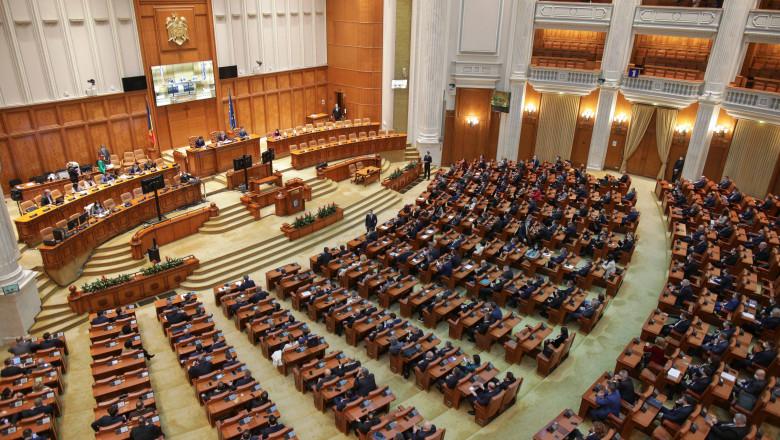 Atac dur în coaliție: UDMR acuză PNL și USR PLUS.