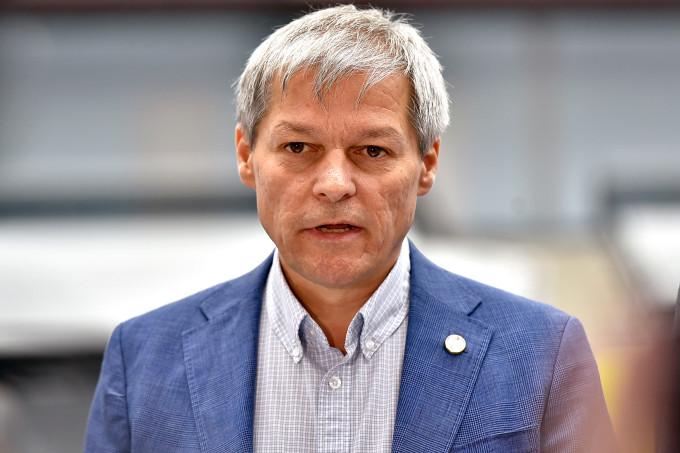 Dacian Cioloș îl ține în suspans pe Traian Berbeceanu: 'Funcţia de prefect al Capitalei trebuie să fie ocupată de un om competent'
