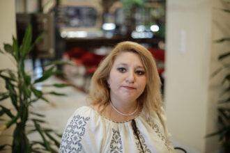 Diana Șoșoacă RUPE TĂCEREA și dă cărțile pe față, după ce a fost exclusă din AUR: 'A folosit un limbaj de maidan și a ridicat palma la mine'
