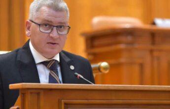 Florin Roman pune cruce eliminării pensiilor speciale: când vor accepta judecătorii CCR eliminarea lor?