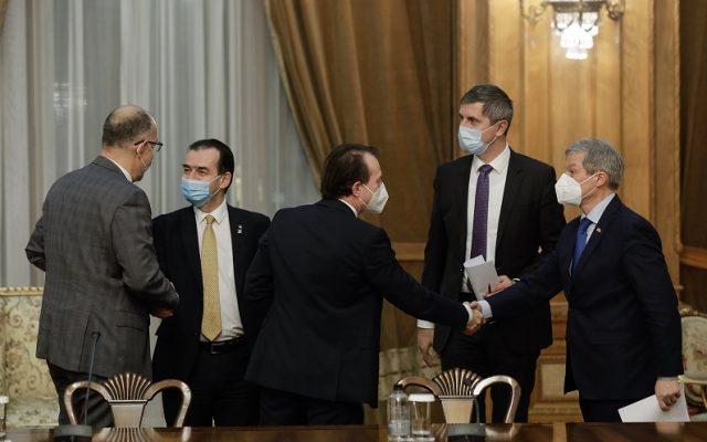 Cum și-au negociat partidele din coaliție prefecturile: USR PLUS obține Capitala, UDMR a primit Clujul, PNL Sibiul și Bihorul
