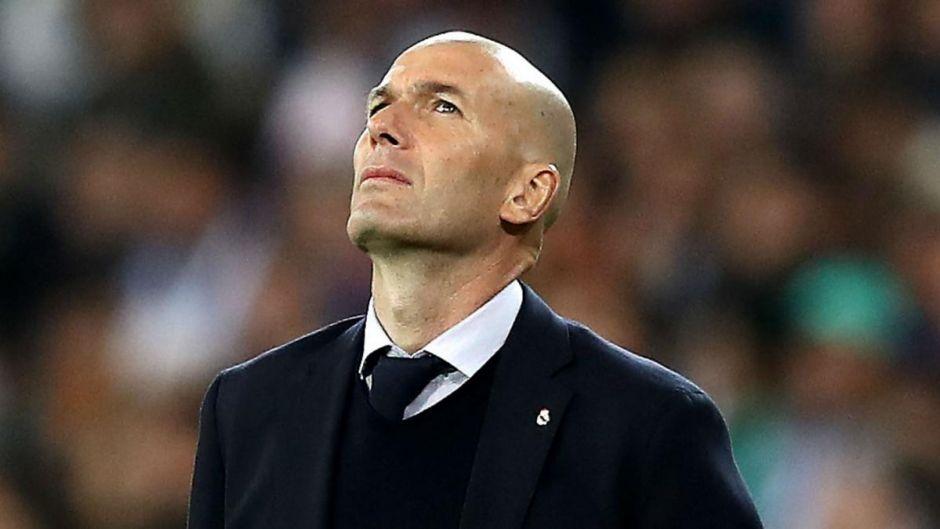 Final de epocă: Zinedine Zidane pleacă de la Real Madrid !!!