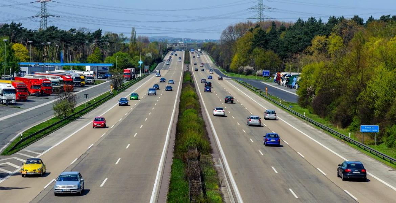 Centrul INFOTRAFIC din Inspectoratul General al Poliției Române informează că, la această oră nu sunt semnalate drumuri naționale sau autostrăzi cu circulația întreruptă din cauza vreunui eveniment rutier.
