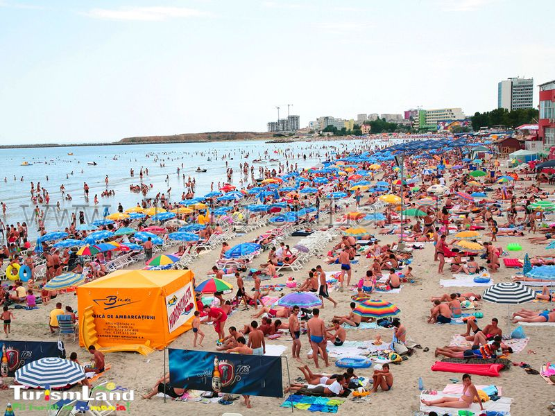 Noile reguli pentru plaje: distanță de cel puțin 2 metri între persoane, restricționarea accesului dacă este aglomerație, vânzarea de produse ambalate