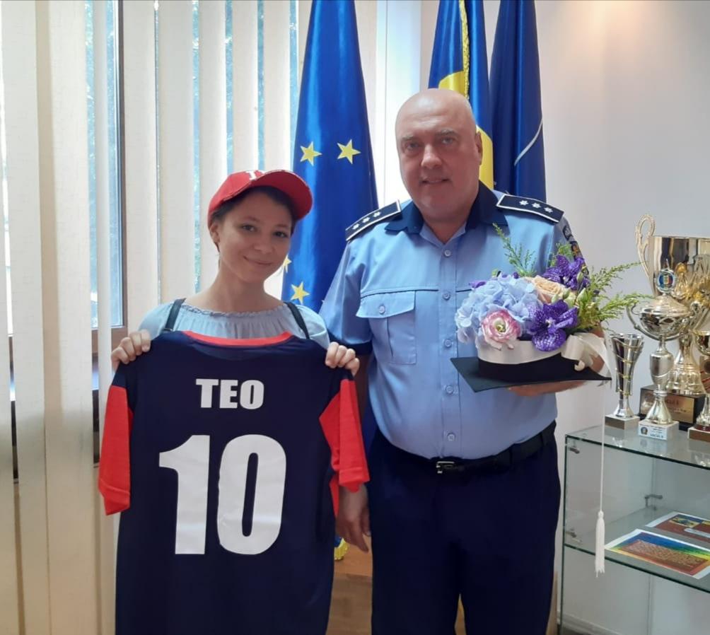 IPJ Buzau aprecieaza reusitele si incurajeaza perfomanta ! Poliţiştii buzoieni au invitat-o astăzi pe eleva de 10 a judeţului Buzău